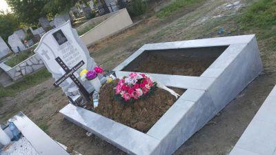 18 - надгробни паметници по поръчка за Благоевград и Симитли - Денонощна траурна агенция Зогри, Благоевград и Симитли