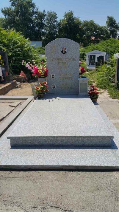 20 - надгробни паметници по поръчка за Благоевград и Симитли - Денонощна траурна агенция Зогри, Благоевград и Симитли