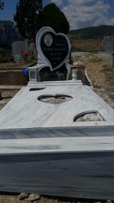 21 - надгробни паметници по поръчка за Благоевград и Симитли - Денонощна траурна агенция Зогри, Благоевград и Симитли