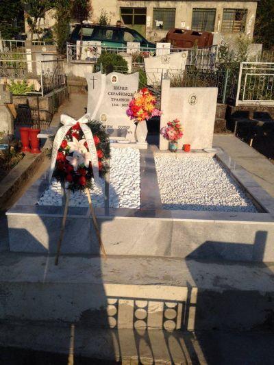 27 - надгробни паметници по поръчка за Благоевград и Симитли - Денонощна траурна агенция Зогри, Благоевград и Симитли