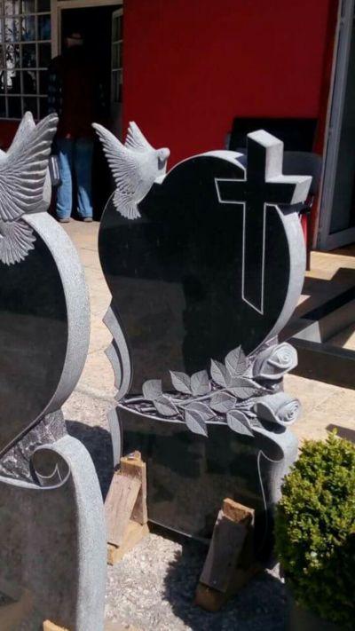 2 - надгробни паметници по поръчка за Благоевград и Симитли - Денонощна траурна агенция Зогри, Благоевград и Симитли